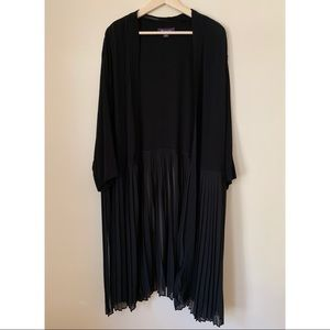 Roaman's • 30/32 • Open Duster Pleated Bottom